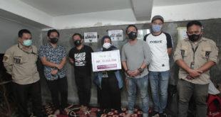 Bersama Peduli Jurnalis, Wali Band Serukan 'Indonesia Jangan Terserah'